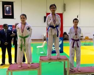 Ali Afzali podium criterium